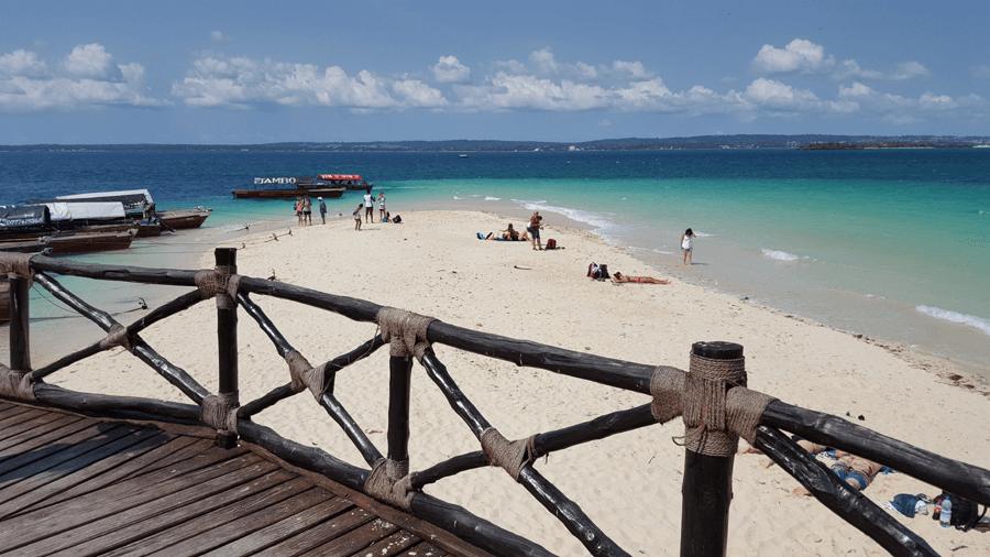 Zanzibar Holidays - Tropical Beach Prison Island Tour