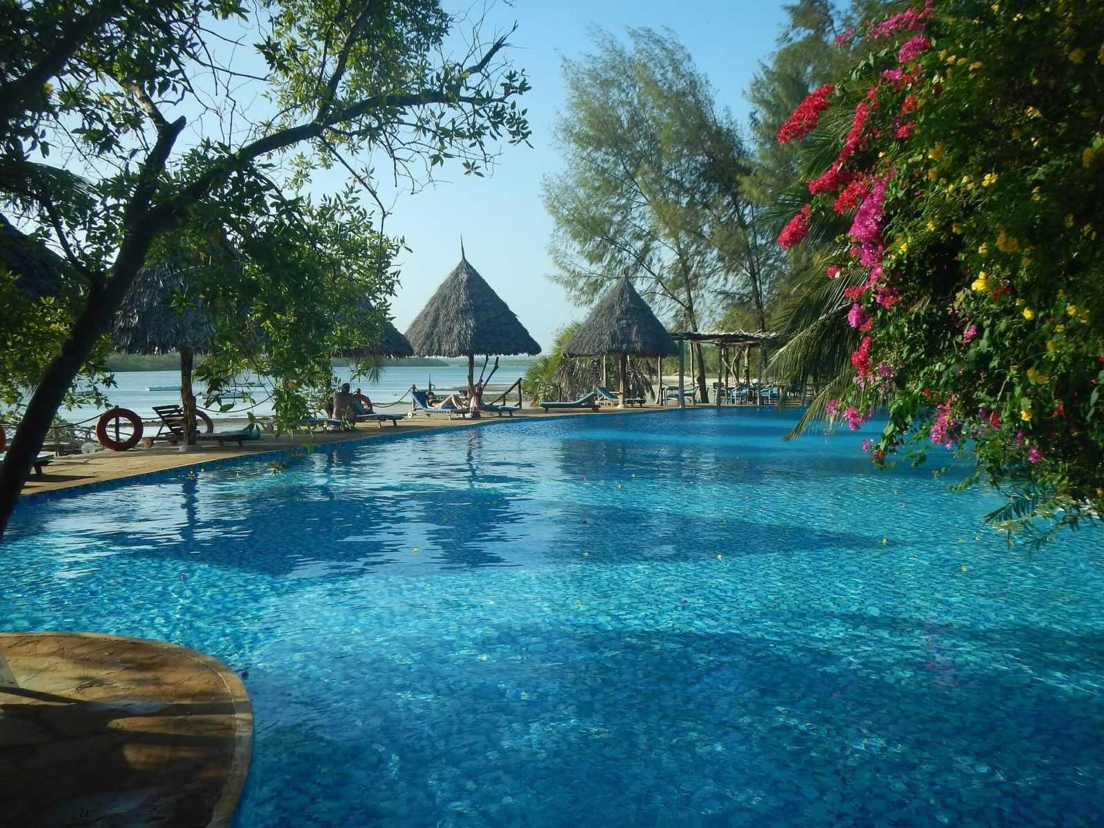 Things to do in Mombasa - beach_hotel