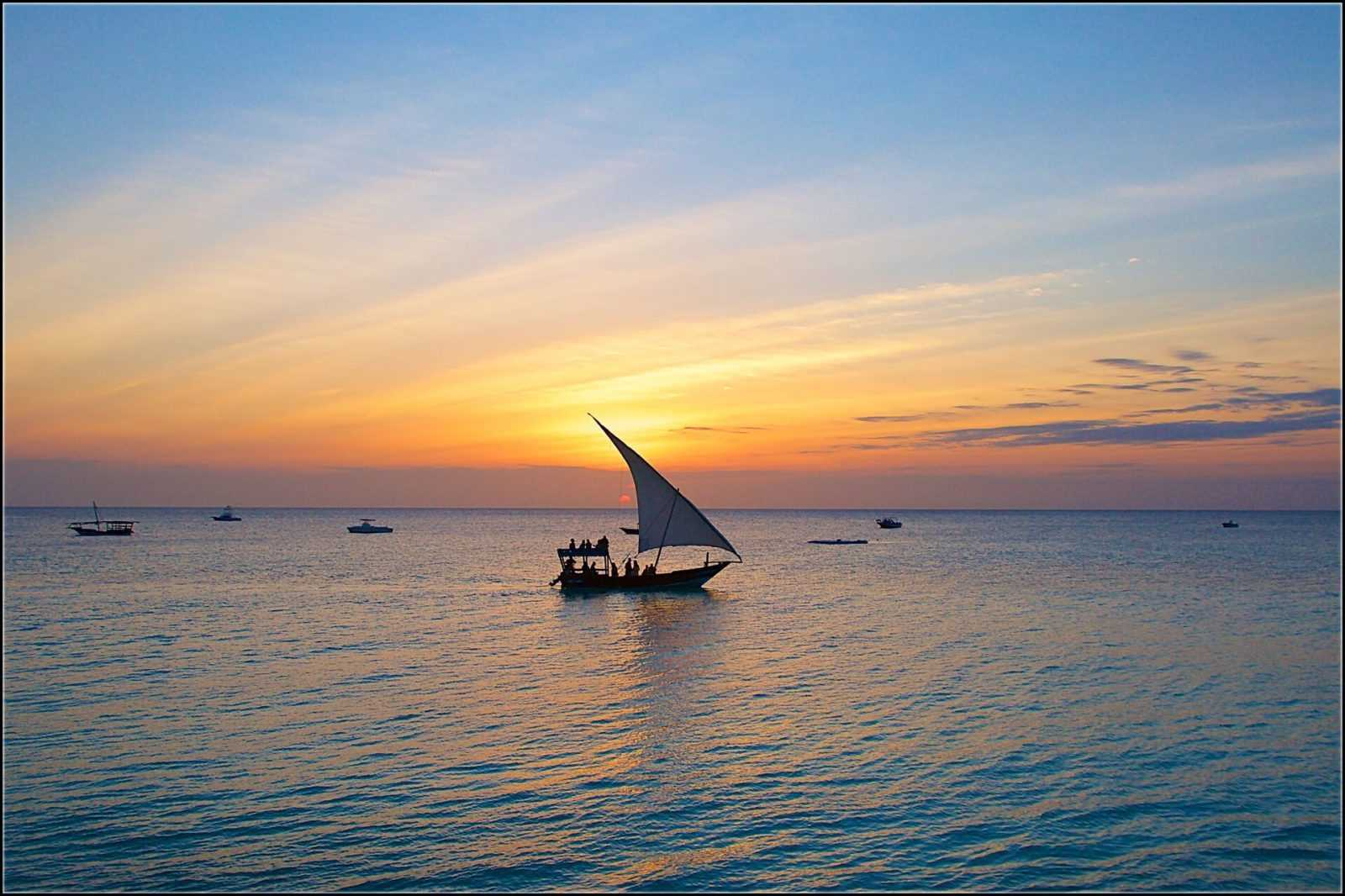Zanzibar tour, Sunset dhow cruise