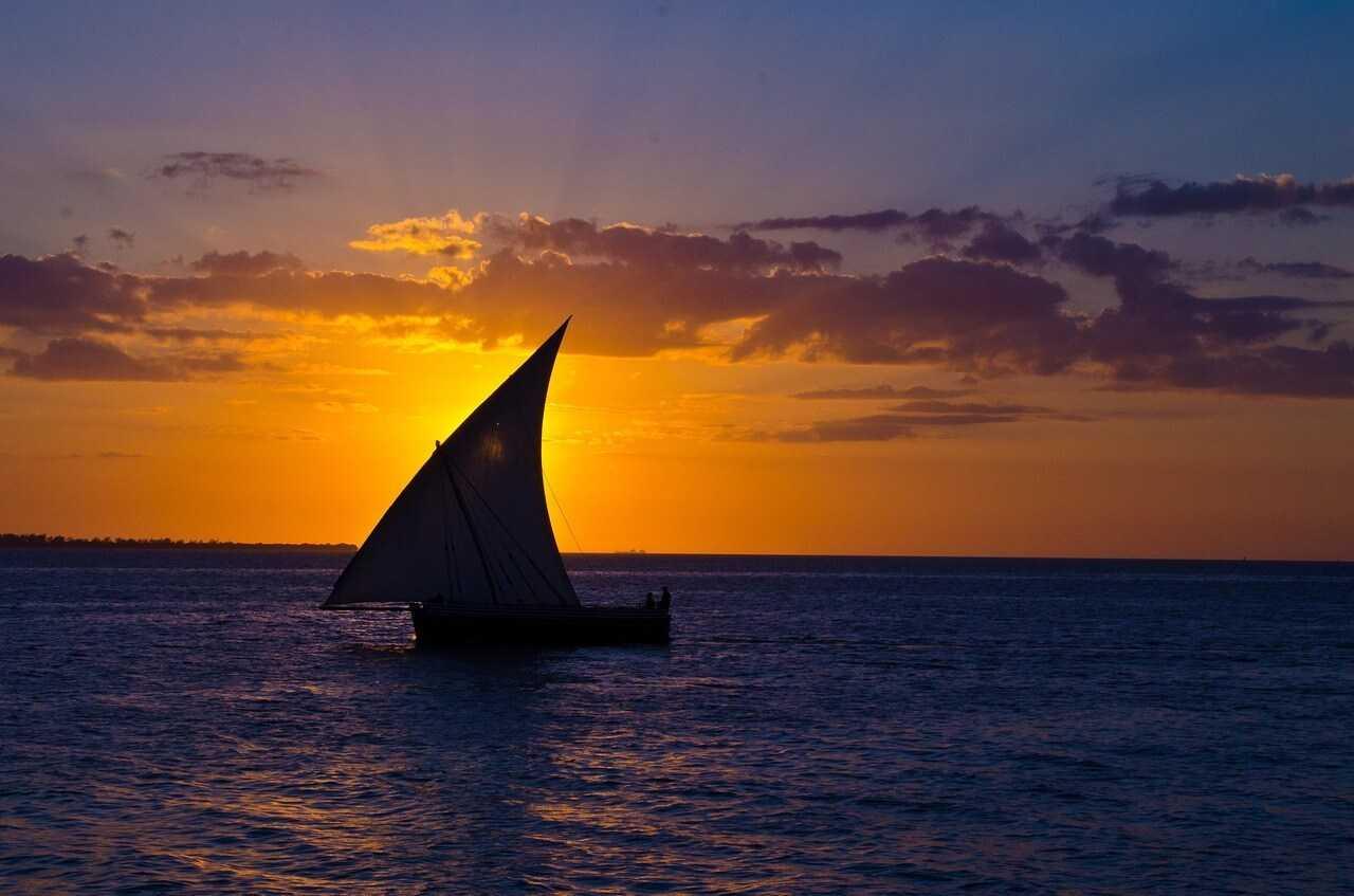 zanzibar_tour_dhow cruise sunset