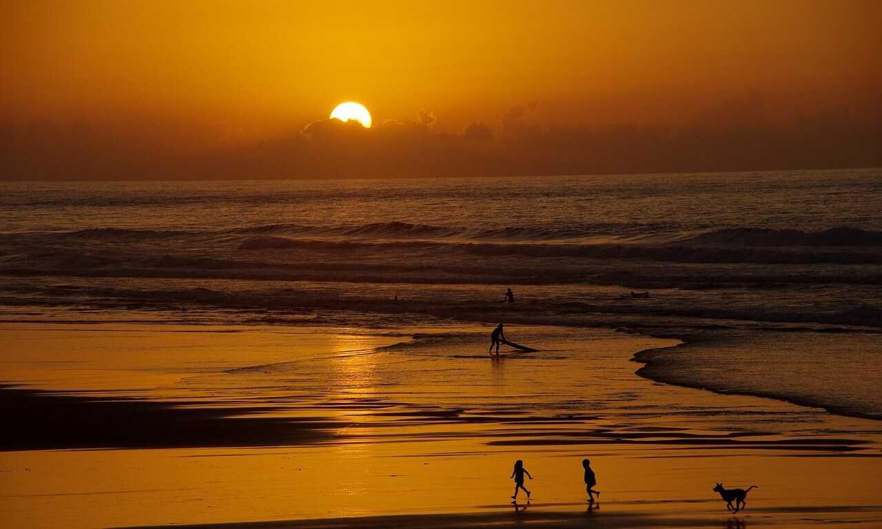 Things to do in Essaouira - beach sunset