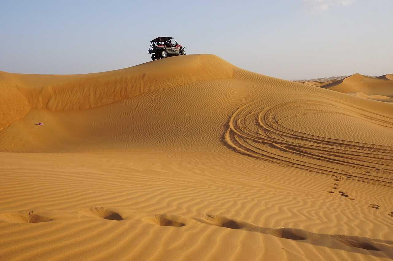 Dubai Desert Tours - Sand Barsing