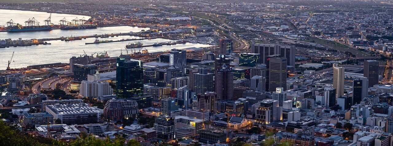 South Africa Holidays - Cape Town Skyline