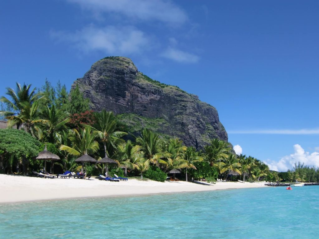 Dining and Drinking Lemorne Beach
