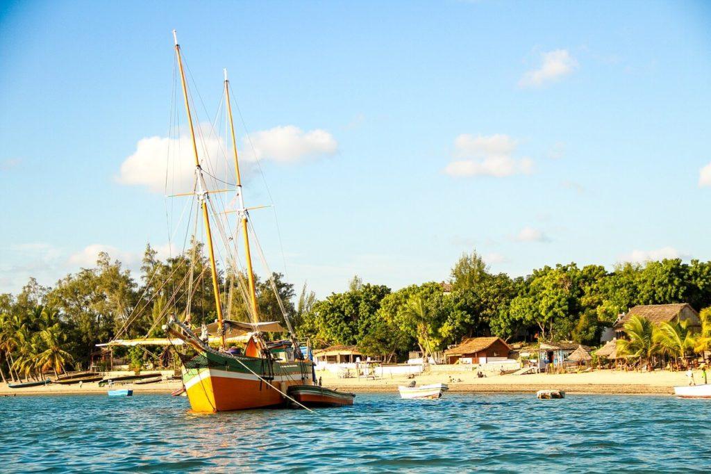Madagascar Holidays and Travel Guide - Sailing