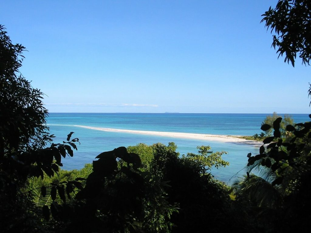 Madagascar Holidays and Travel Guide