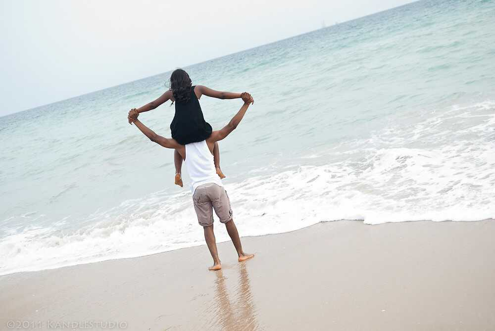 Lekki Oniru Beach - Nigeria Holidays and Travel Guide