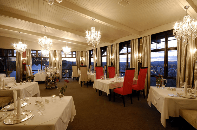 Leos at the Castle -Best restaurants in Windhoeck