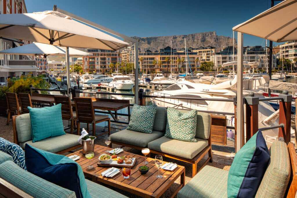 This image has an empty alt attribute; its file name is signal_restaurant_cape_town-1024x682.jpg