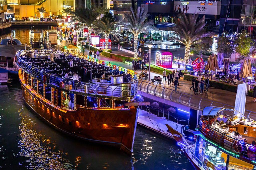 Dhow Dinner Cruise In Dubai Marina