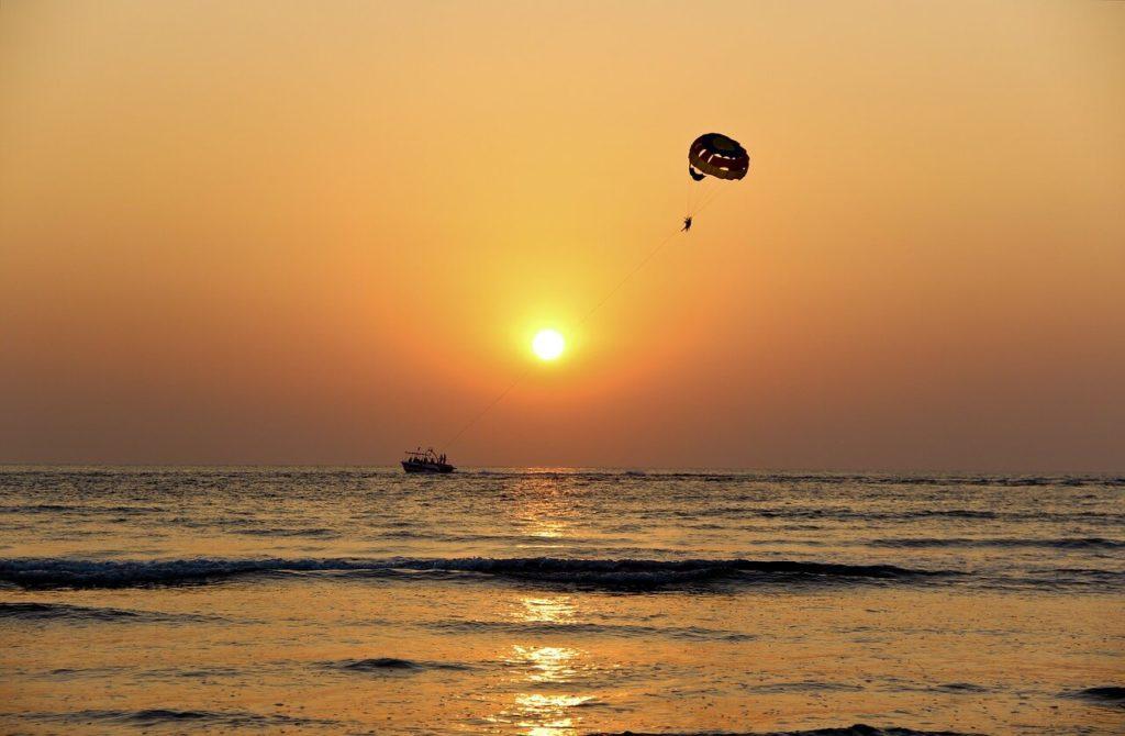 Paragliding / Parasailing, Water activities in Zanzibar