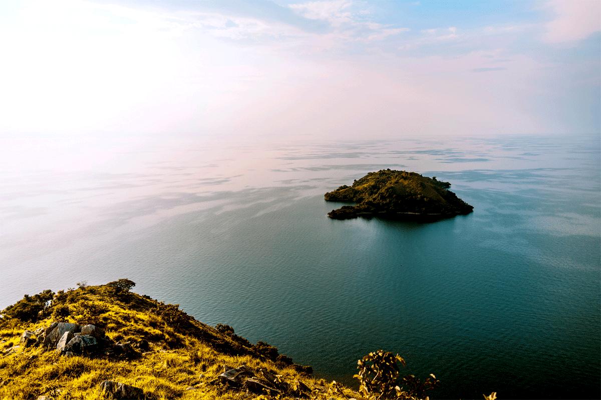 Safari in Rwanda  Lake Kivu