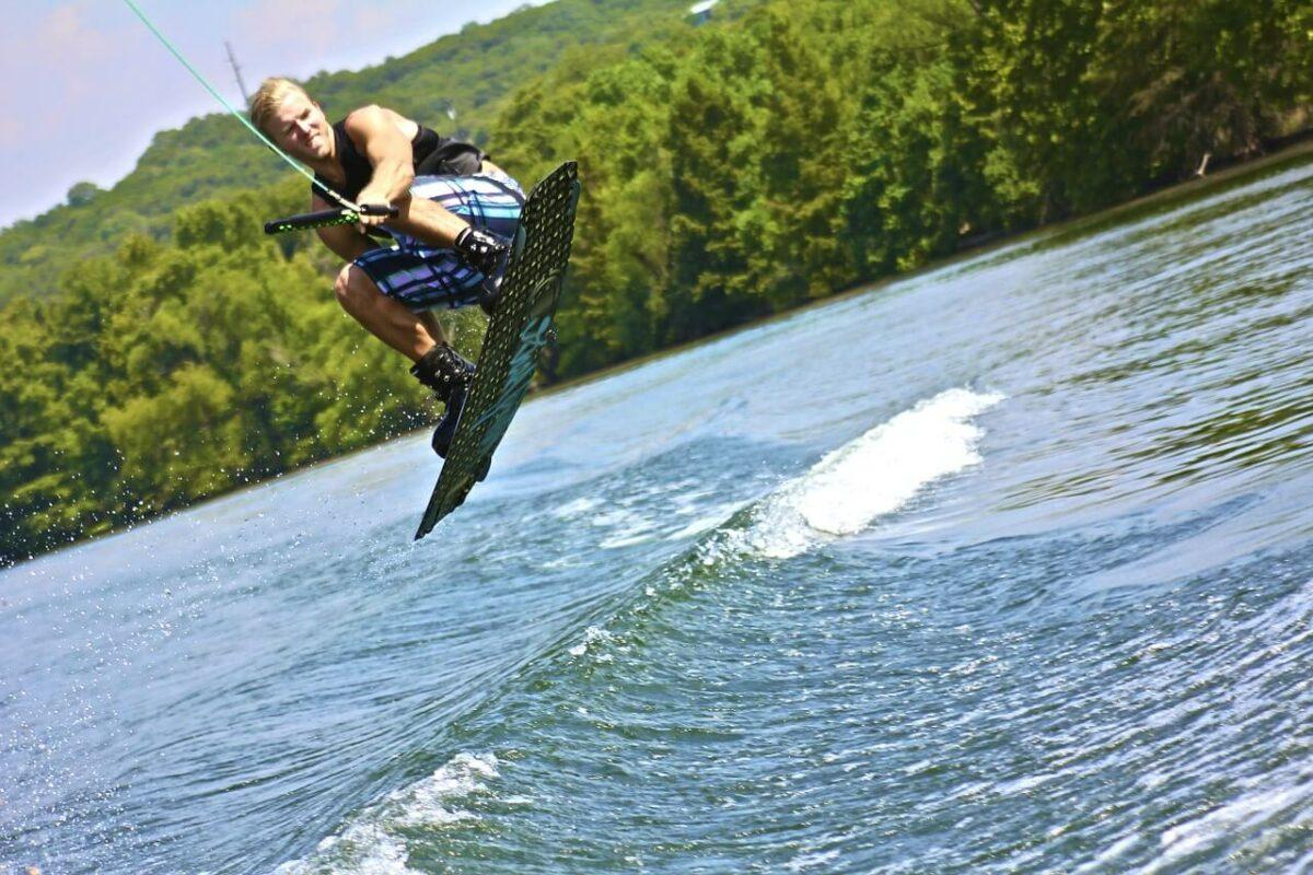Water activities in Mombasa - Water Skiing and Wake-Boarding